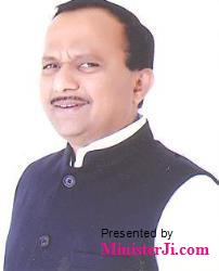 ministerji-251-Shri-Krupal-BalajiTumane.jpg